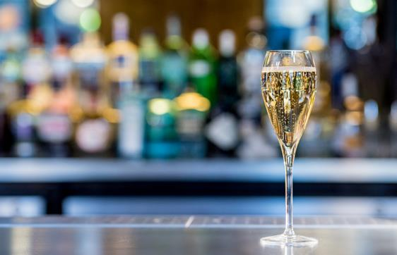 Complimentary Champagne top-ups at 34 Mayfair
