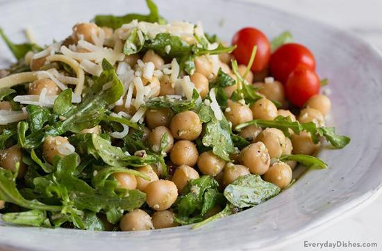 Chickpea Pesto Salad with Arugula