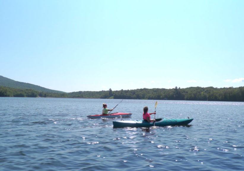 Kayakers on the Chittenden Dam