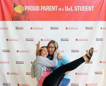 image of mother and daughter during orientation #4