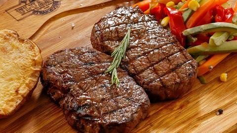 Bury Lane Farm Shop Valentines Love Heart Steaks and  Chicken