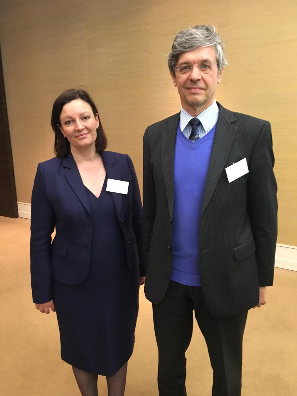 Photo: Melanie Gregory, CEO of The Ear Foundation and Prof Dr Paul Van De Heyning, Chairman of HEARRING group, Key Note Speaker and Host of the MED-EL roundtable respectively.
