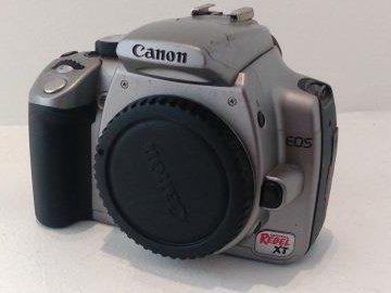 The donated Canon EOS Digital Rebel XT camera. © WLT.