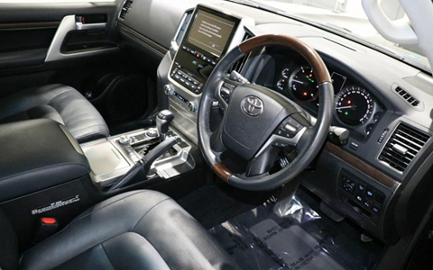 MY 2016 Toyota Land Cruiser - Dash