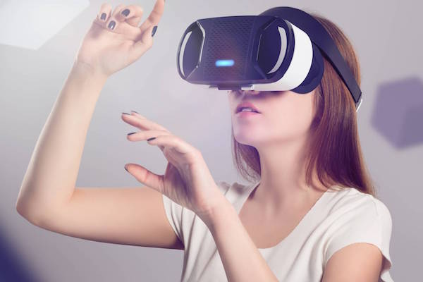 US LAWYERS ARE BRINGING VIRTUAL REALITY TO COURTROOMS TO STRENGTHEN THEIR CASES