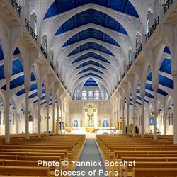 inside of the Church of St. Honoré d'Eylau in Paris, France