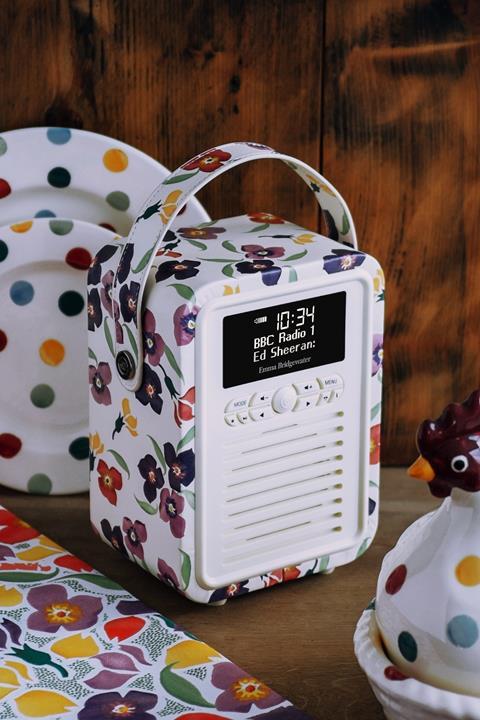 Emma Bridgewater wallflower mini retro radio